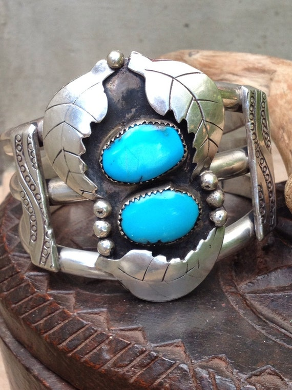 Spectacular Vintage Navajo turquoise and sterling cuff