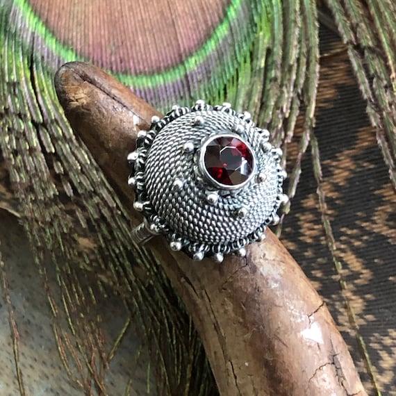 Fantastic vintage tribal ring with garnet size 5.75