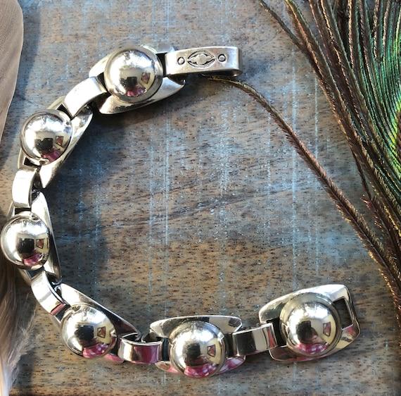 Vintage native american bubble/ concho link bracelet