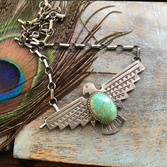 Beautiful sterling Green Nevada  turquoise thunderbird necklace