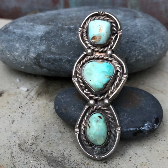 RESERVED Very old handmade turquoise sterling silver 3 stone ring size 7