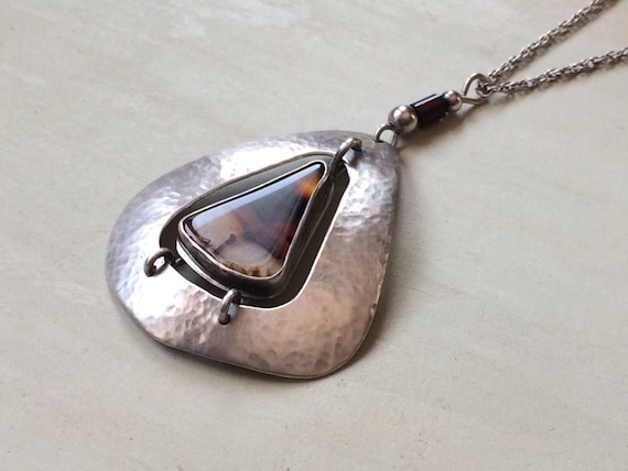 Vintage Sterling and Montana Agate Artisan made pendant necklace