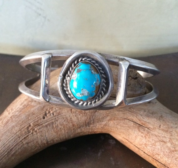Beautiful Navajo sterling and natural turquoise cuff bracelet
