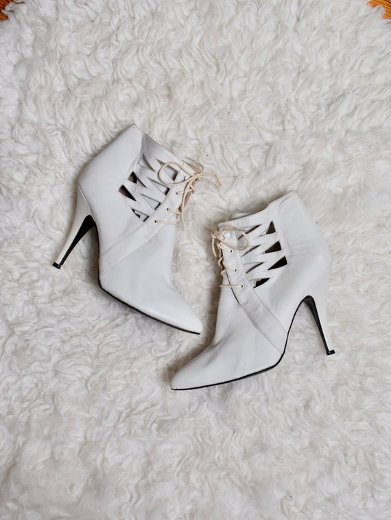 White Leather Stiletto Boots/ 80s  Cut Out Ankle B
