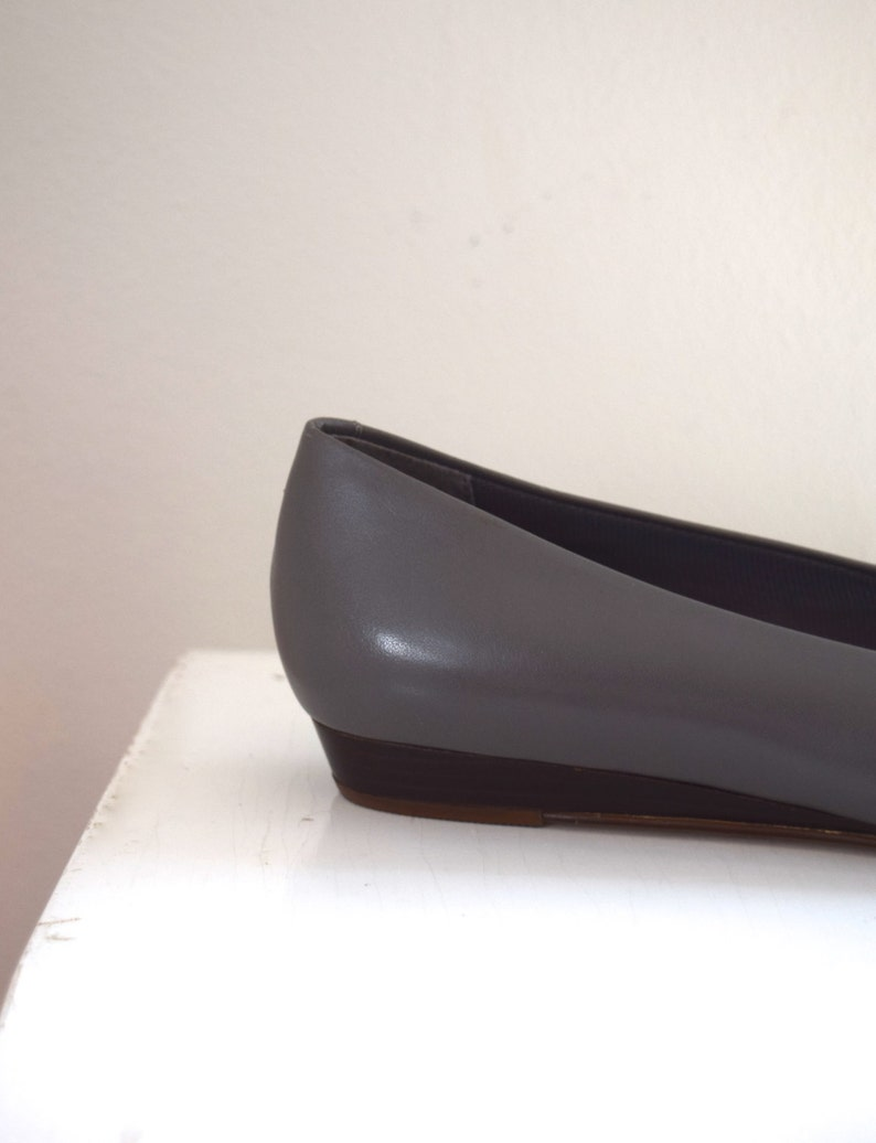 123bf6e73d041 Gray French Girl Flats/ Bass Mini Wedges/ Leather Low Vamp Shoes/ Womens  Size 6 7