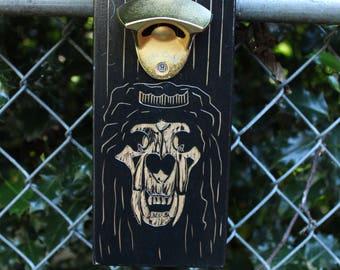 Lion King Gold Magnetic Bottle Cap Catching Bottle Opener