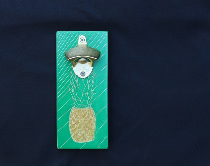Pineapple Wall Mounting Wood Bottle Opener
