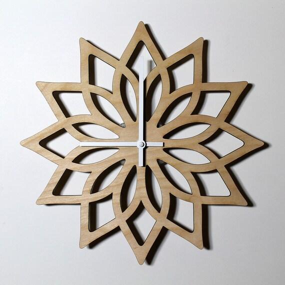 geschenk f r frau laser cut wanduhr geschenk f r freundin etsy. Black Bedroom Furniture Sets. Home Design Ideas