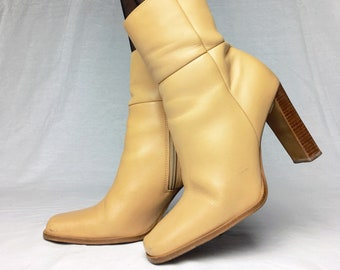Vintage 90s cream faux leather western cowboy cowgirl booties ankle boots UK 6 EU 39 US 8.5