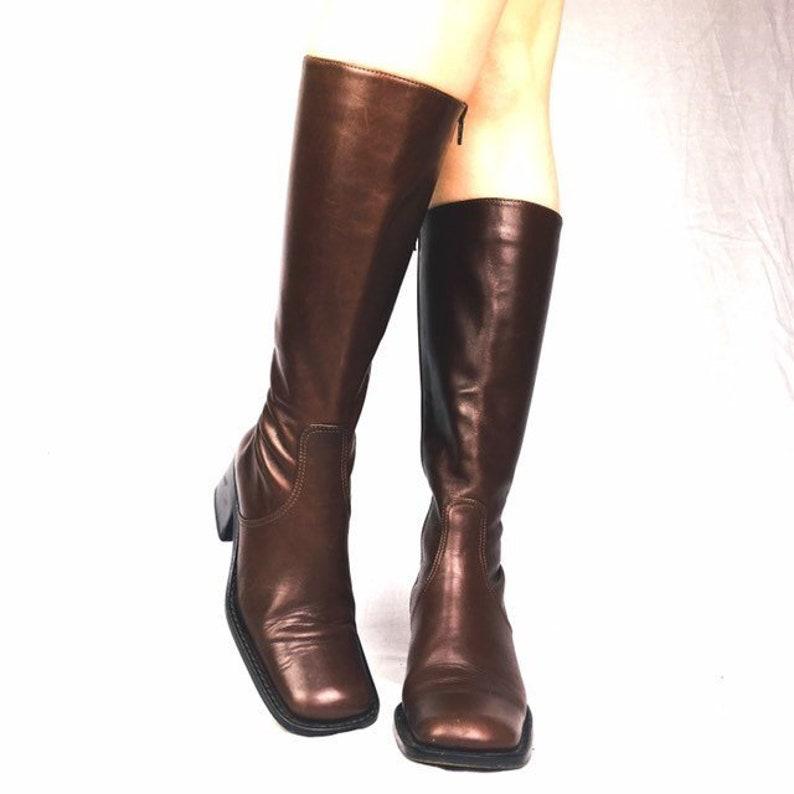 a60e8319fb4 Vintage 90s brown leather boots square toe UK 2 EU 35 US 4.5