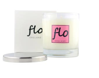 Scented soy wax candle - Embrace