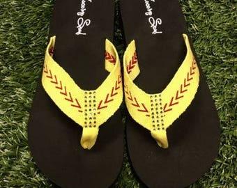 24b050278eaf3 Softball Sandals Softball Flip Flops Fabric Stitch FLAT Size 6 7 8 9 10 11  12 NEW Sandals Thongs Sports Sandals Cocomo Soul