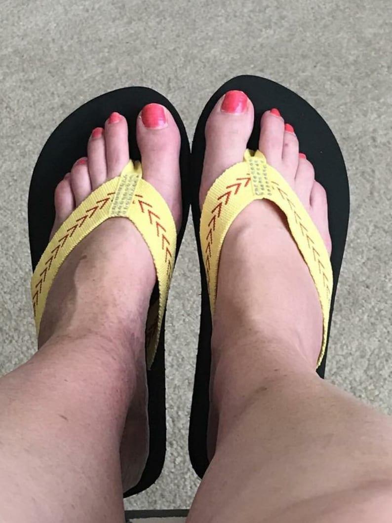 22f84f4069b7ba Softball Sandals Softball Flip Flops Fabric Stitch FLAT Size 6
