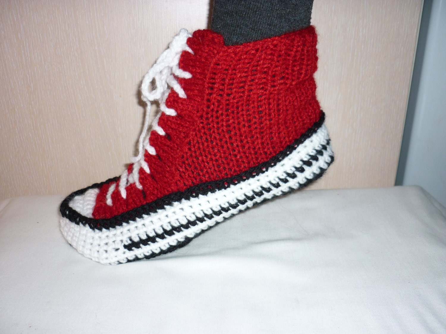 7b488e13add4b Men Converse Slippers Crochet Converse Slippers Crochet