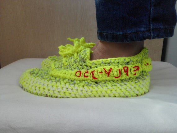 Häkeln Yeezy Slippers, Yeezy Boost 350 V 2, Semi Frozen Yellow Yeezy, Yeezy Boost 350 V2 Zebra, Woman Yeezy, Neon Yellow Yeezy