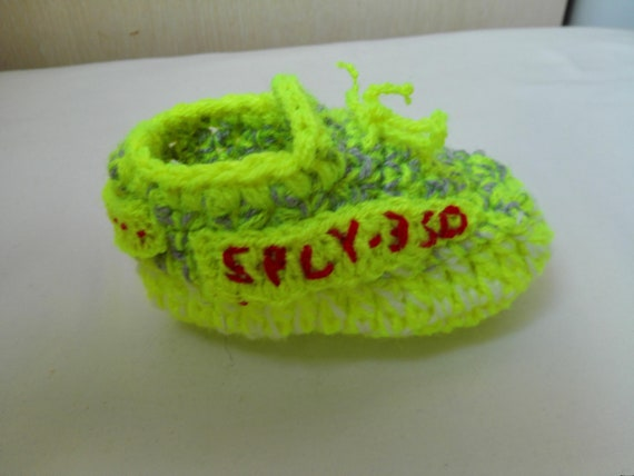 superior quality adc75 82045 Crochet Baby Shoes, Crochet Yeezy Slippers, The Yeezy Boost 350 V2, Neon  Yellow Yeezy, baby boots, V 2 Beluga, Crochet Sneakers Baby Booties