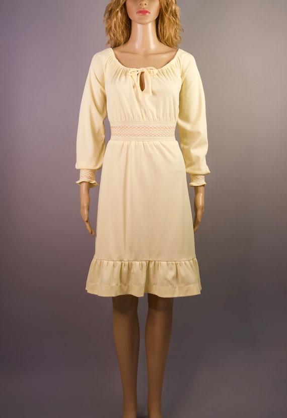 Vintage: Yellow Smocked Dress