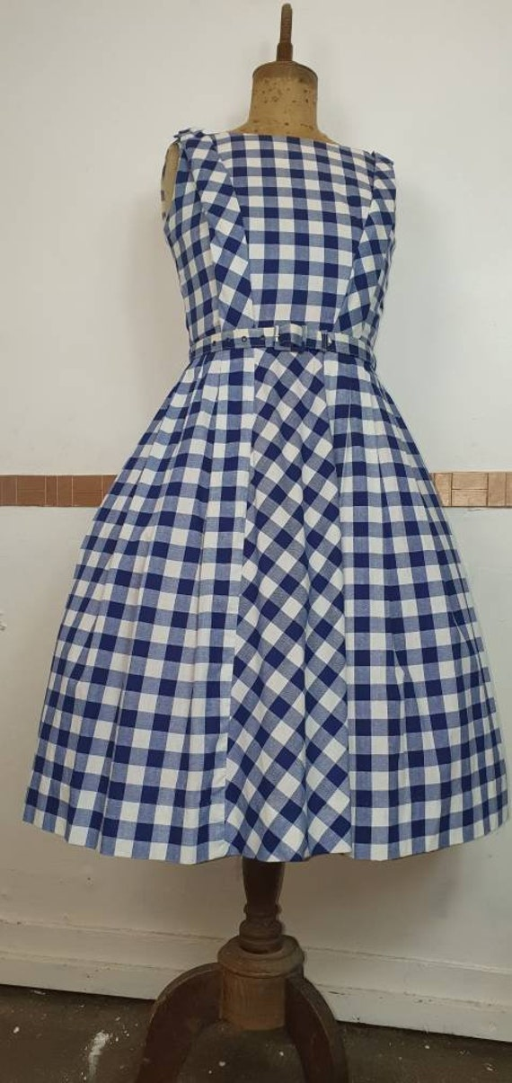 Original 1950s dress fit and flare