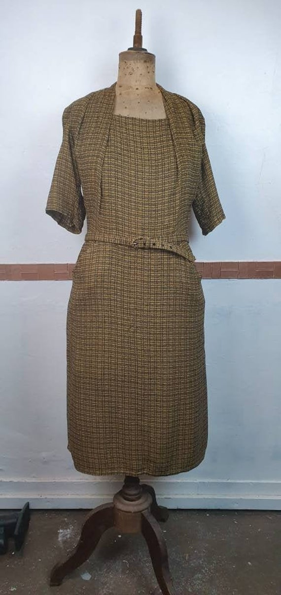 Vintage 1940s dress volup