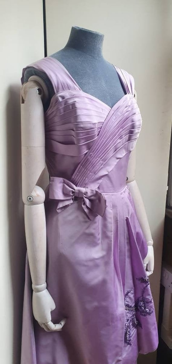 Vintage 1950s Lilac party evening dress.