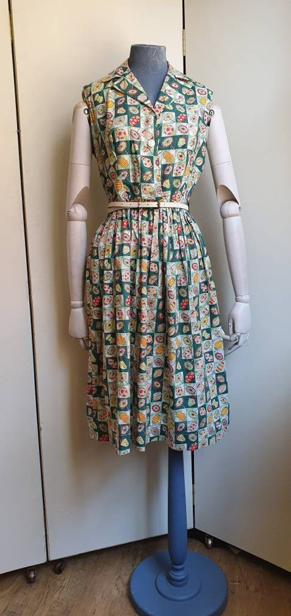 Vintage 1950s chinese lantern novelty dress
