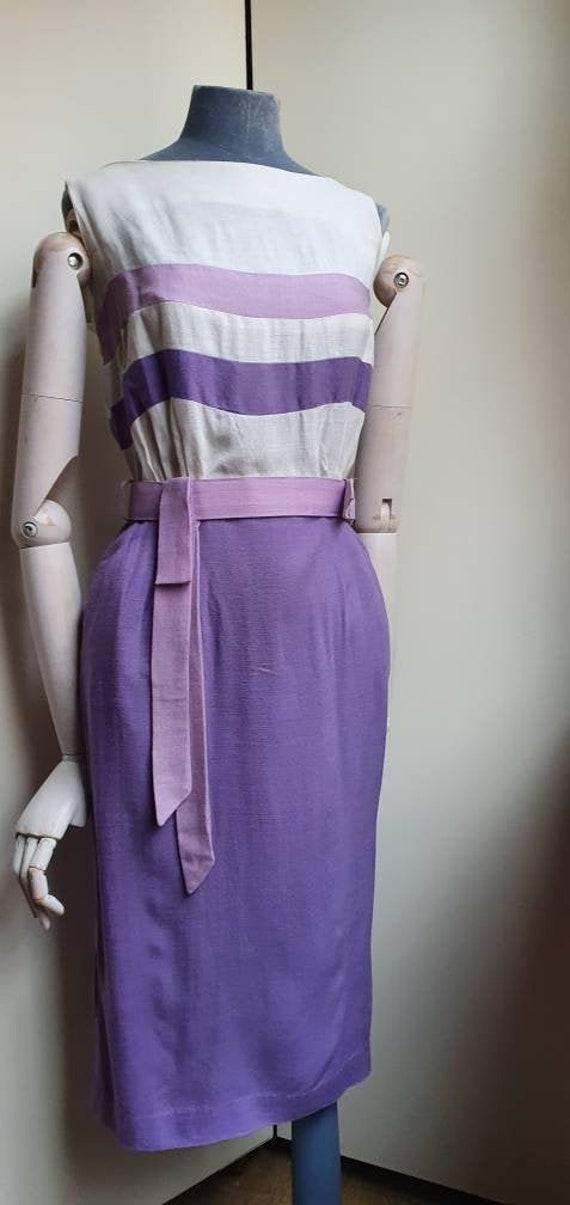 Vintage 1960s Lilac linen dress