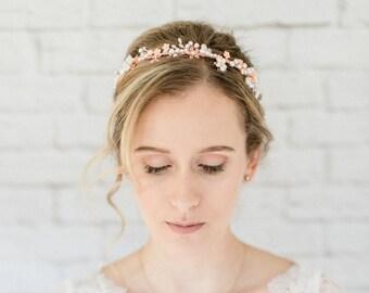 f5e5e8ed7dbec0 Braut Haarschmuck Hochzeit Diadem Tiara mit Perlen und Blumen Kopfschmuck Haarband  Haarreif in rotgold