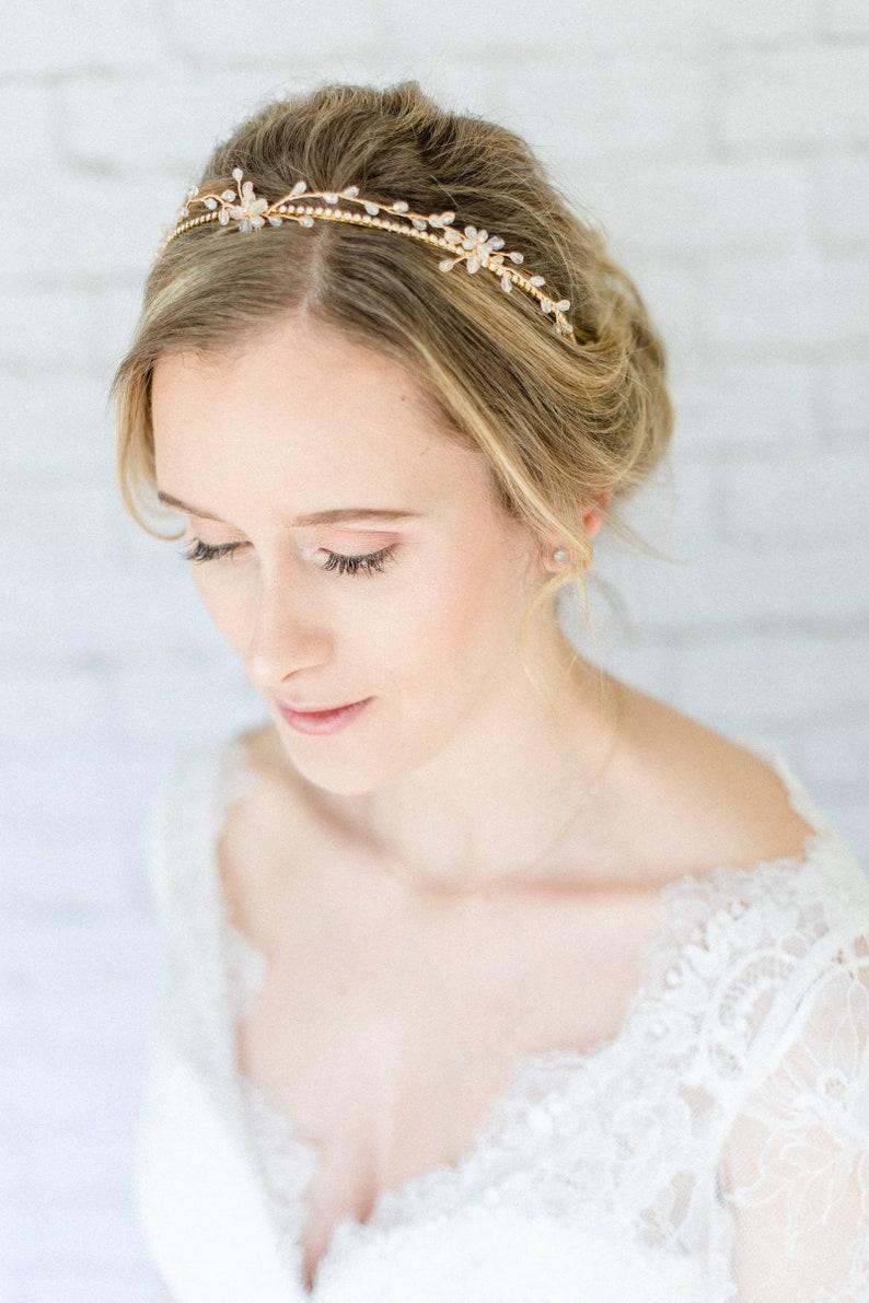 Braut Haarschmuck Hochzeit Diadem Tiara Mit Perlen Und Blumen Etsy