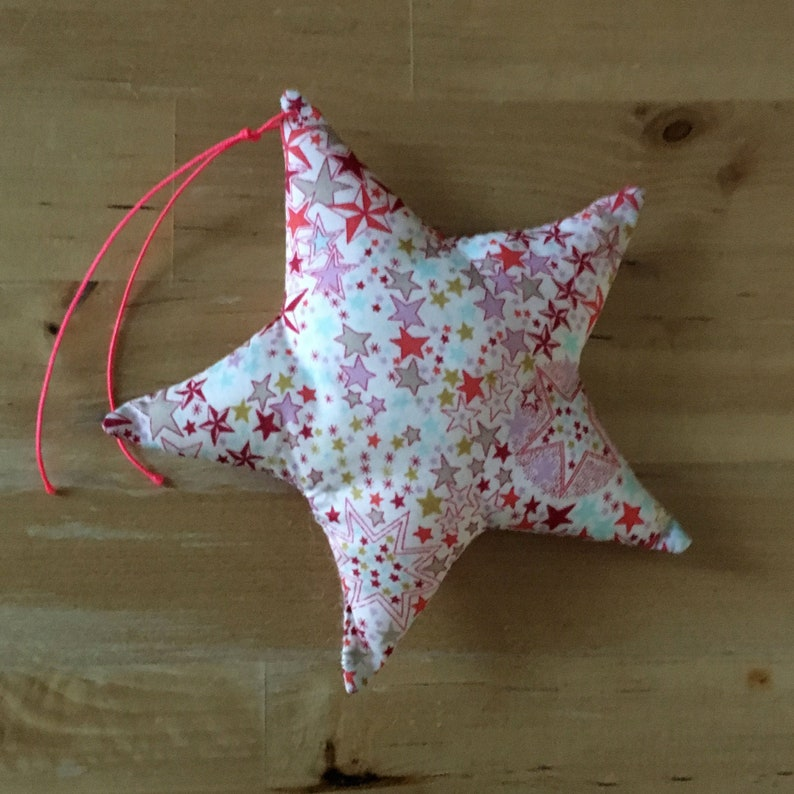 Decorative star in Liberty Adelajda coral image 0