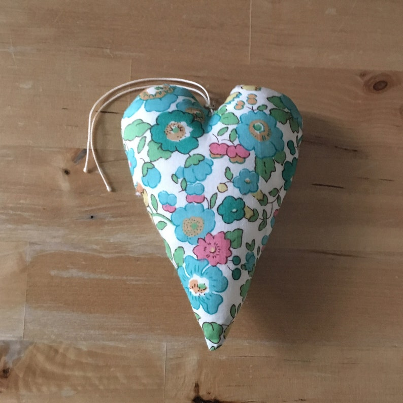 Decorative heart in turquoise Liberty Betsy fabric image 0
