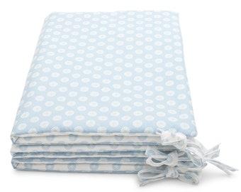 Bumper in baby blue English fabric