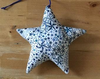 Decorative star in Liberty Adelajda blue