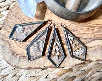 Locket - Oregano Flower Glass Keepsake ~ Kite Shape ~ Curiosity Collection