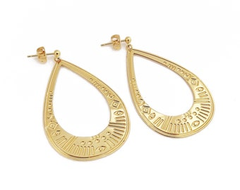"""Gold plated brass earring cut and engraved """"Big Mawu"""""""