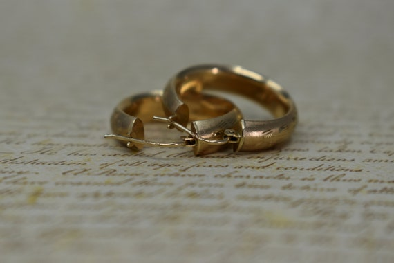 Vintage 10k Yellow Gold Hoop Earrings, Statement … - image 5