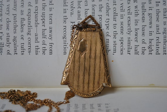 Antique Locket, Gold Filled - 1920s Art Deco Style