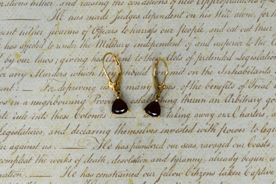 Vintage 10k Garnet Leverback Earrings - Vintage Go