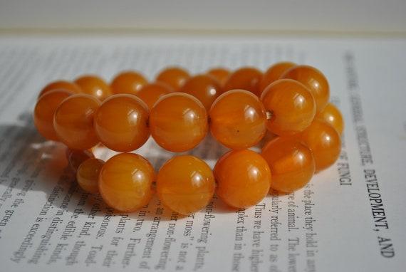 Vintage Bakelite Necklace - 1940s Orange Bakelite… - image 1