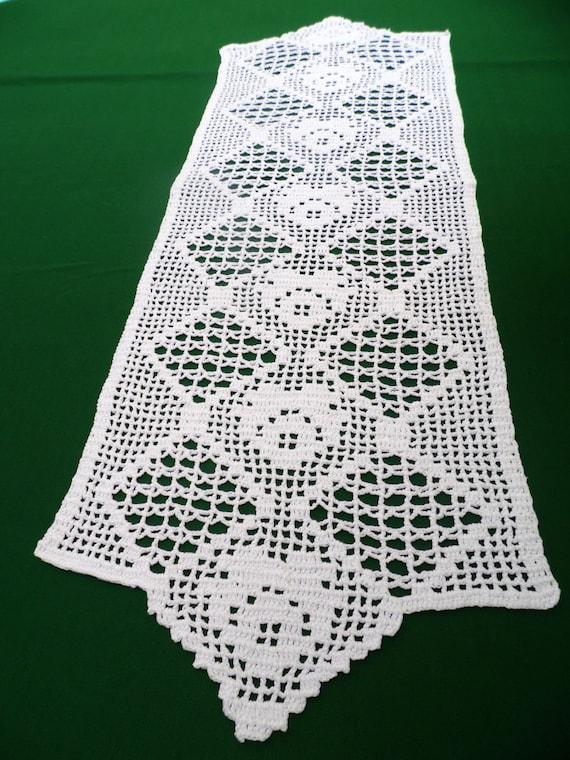 Vintage blanco mano Crocheted algodón corredor tabla topper   Etsy