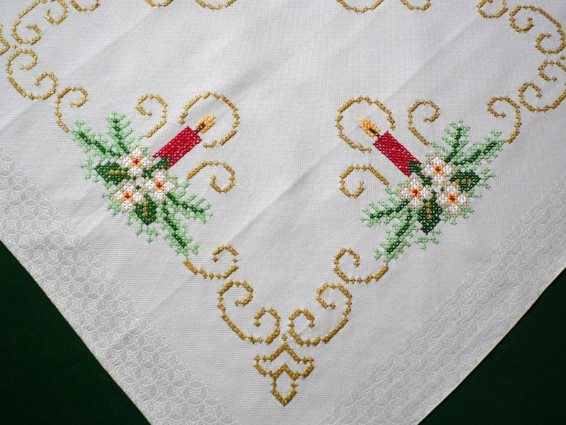 Apron Hand Embroidered Cross Stitch Vintage Free Shipping!