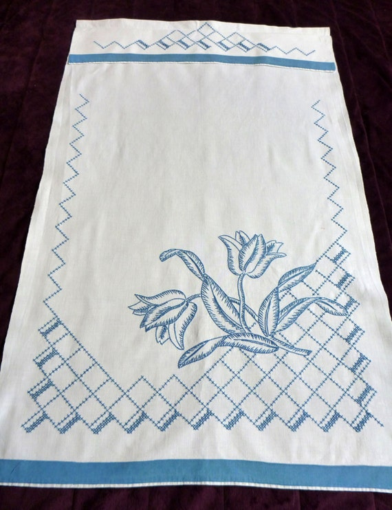 Toalla de lino tejidas a mano Vintage mano bordado colgante | Etsy