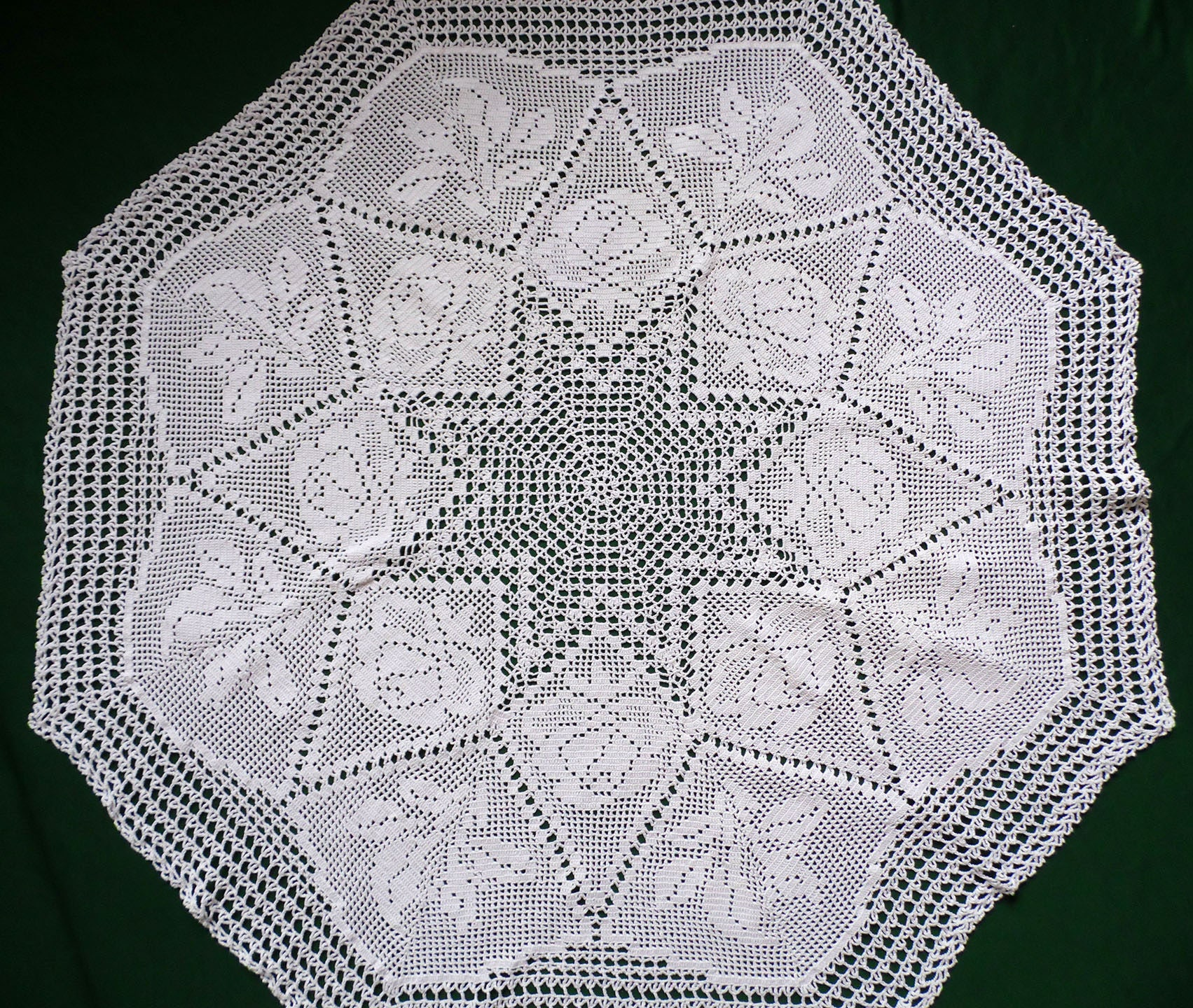 Vintage White Floral Crochet Round Tablecloth Crocheted Table Etsy