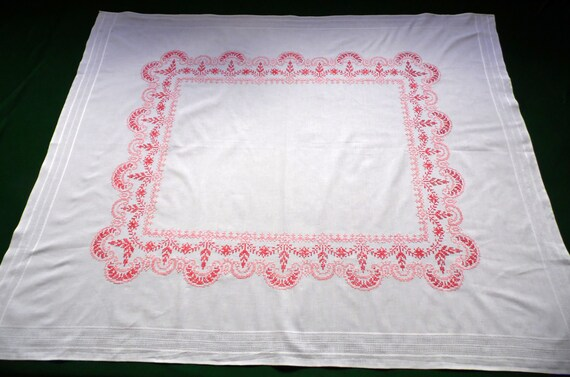 Big Vintage White Cotton Tablecloth Amazing Floral Cross | Etsy