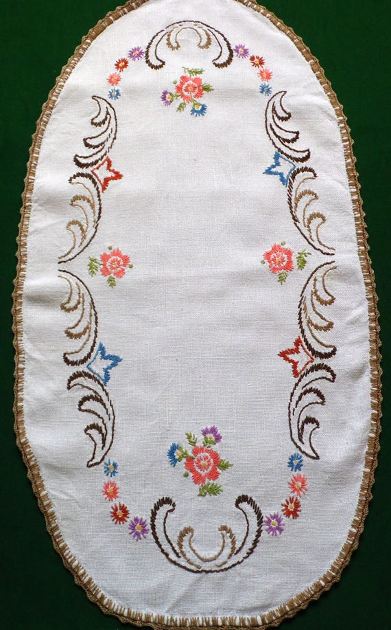 Vintage mesa oval de lino bordados corredor bordado floral | Etsy