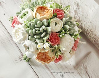 Peach Coral Wedding bouquet Keepsake succulent bouquet Bohobouquet Bridal bouquet with succulents and peonies Green ecowedding Clay flowers