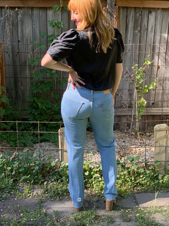 Vintage 501 Levis • Vintage Levi Jeans • Levi 501