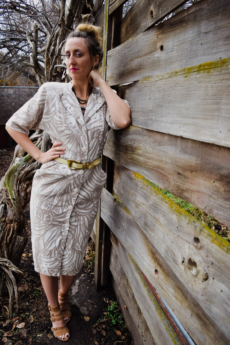 Vintage Dress  Women/'s Vintage Dress  Patterned Dress  Button Down Dress  Retro Dress  White and Tan Dress  Pencil Dress  Wiggle
