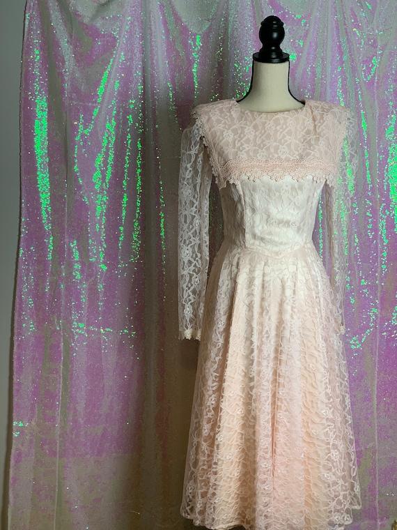 Vintage Gunne Sax Dress • Vintage Lace Dress • Vin