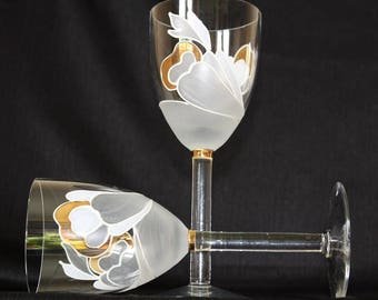 Vintage Hand Painted Wedding Anniversary Toasting Glasses, Pair