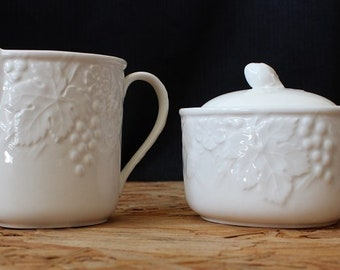 Mikasa English Countryside Creamer and Sugar Bowl Set